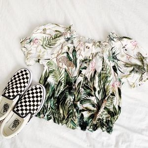 H&M hawaiian puff sleeve blouse
